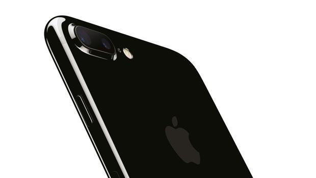 ¿Tres modelos de iPhone en 2017?