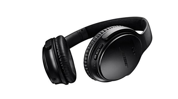 Detalle de unos auriculares Bose QuietComfort 35