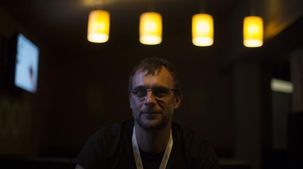 Yago Hansen, «hacker»: «Todos los días se producen robos de información con la que se trafica para controlar nuestras vidas»