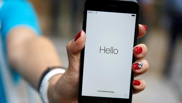 iPhone 8: ¿el botón de inicio será un lector de huellas táctil incorporado en la pantalla?