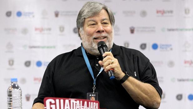 El cofundador de la compañía Apple, Steve Wozniak, durante su intervención