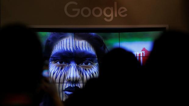 Brusleas multó recientemente a Google por posición dominante