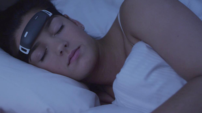 «iBand+», la diadema que controla los sueños