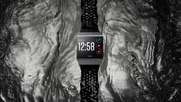 Fitbit quiere el trono de los «smartwatches» con Ionic: centrado en la actividad y rival de Apple Watch