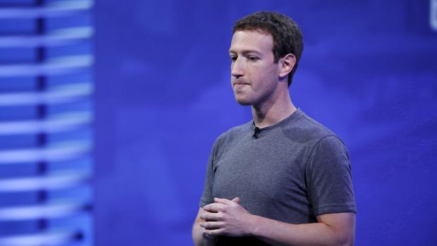 Mark Zuckberberg, fundador de Facebook, durante una intervención