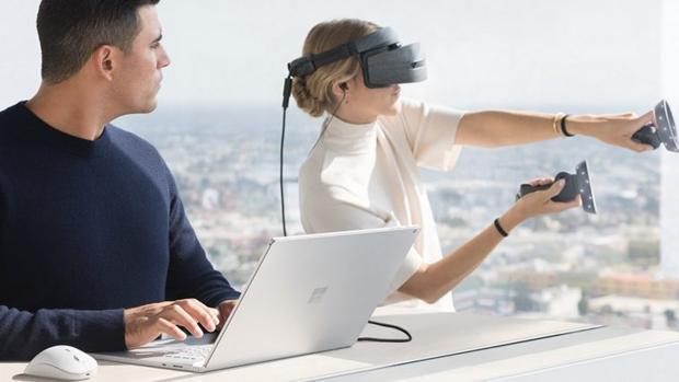 Microsoft quiere conquistar a los «creadores» y lanza, de paso, Surface Book 2