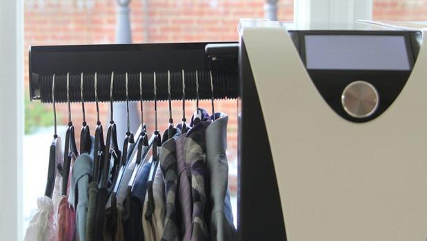 Effiees una máquina de planchar automatizada doméstica que saldrá a la venta en marzo de 2018