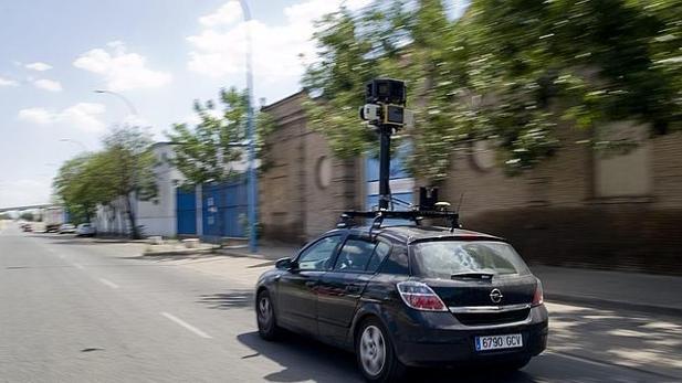Protección de Datos multa con 300.000 euros a Google por recoger datos personales en Street View