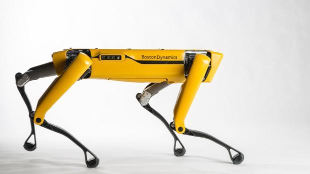 SpotMini 2017: El «perro robot» de Boston Dynamics vuelve a la carga