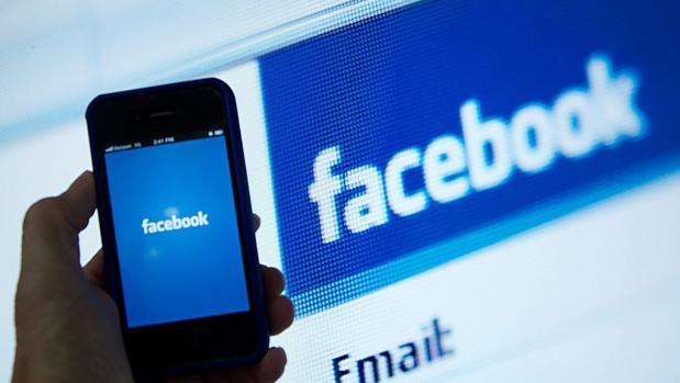 Facebook, red social principal, con más de 2.000 millones de usuarios registrados