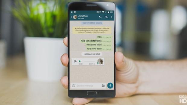 Solo con deslizar el dedo hacia arriba, el usuario podrá enviar mensajes de audio
