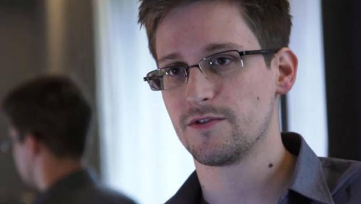 Snowden lanza una aplicación para convertir un viejo móvil en un sistema de vigilancia casero