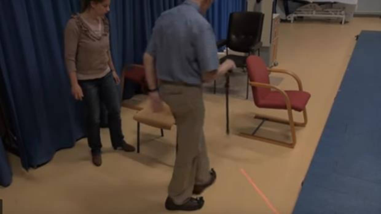 Zapatos láser para ayudar a enfermos de Parkinson