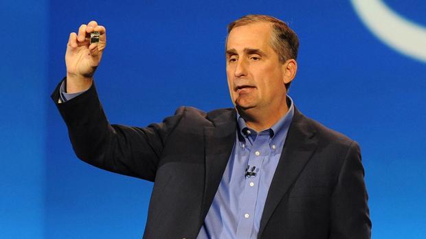 El CEO de Intel vendió la mitad de sus acciones tras conocer los fallos