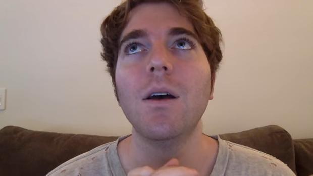 Un «youtuber», obligado a pedir perdón por comparar la pedofilia con el fetichismo