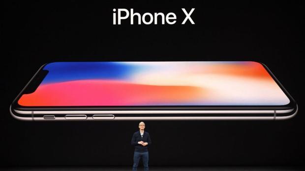 Apple reduce a la mitad la producción del iPhone X: ¿se ha vendido poco?