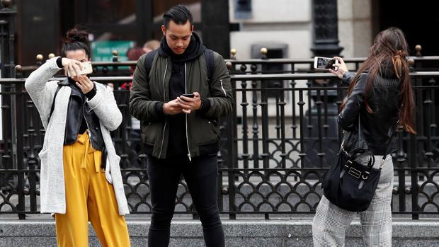 El 50% de los jóvenes españoles son «mobile first»: solo se conectan a internet por el móvil