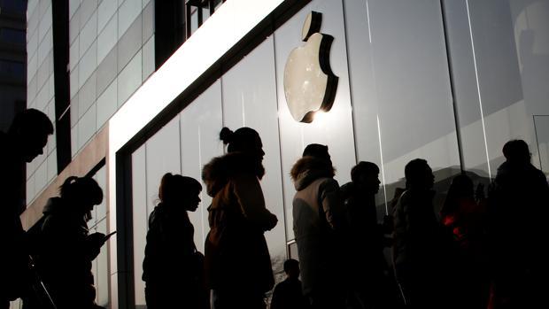 Apple baraja devolver el dinero de las baterías de iPhone compradas antes de los descuentos