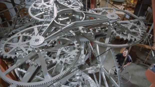 El misterioso reloj enclavado en un desierto que dará la hora durante 10.000 años