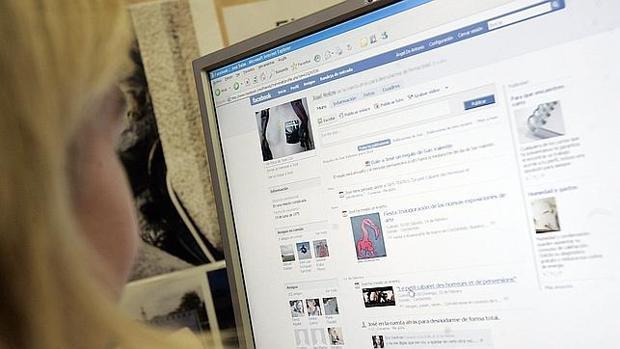 Facebook da marcha atrás: podrás seguir viendo noticias en tu muro