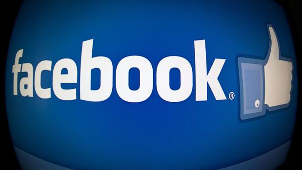 Los datos que recopila Facebook de sus usuarios llegan hasta el punto de recoger los metadatos de las imágenes