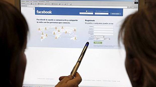 Facebook ha admitido que también registra las conversaciones de Messenger