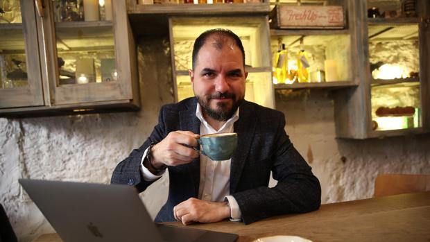 Manuel Moreno, experto en redes sociales, durante la entrevista
