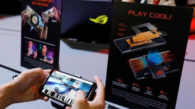 El móvil para videojuegos y portátiles de dos pantallas: las ideas más locas que deja Computex