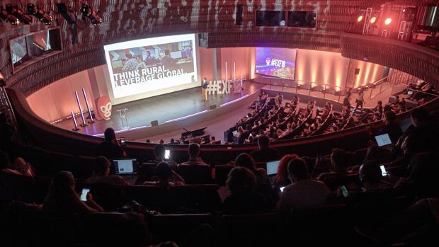 Detalle de las conferencias en el Audiorio madrileño