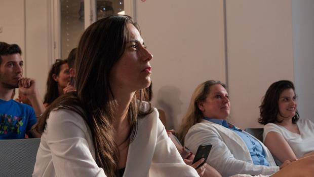 La hacker española que «tapa» agujeros de seguridad en el departamento de Energía de Estados Unidos