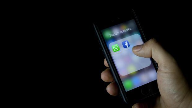 Con esta aplicación pueden estar espiándote en WhatsApp