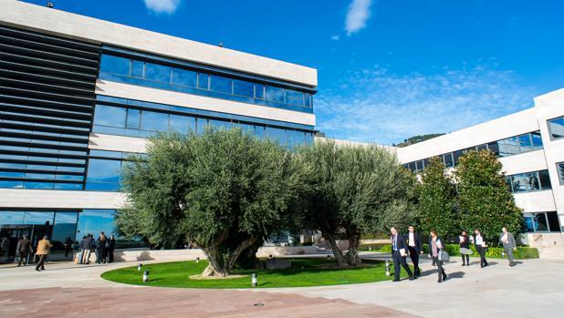 En riesgo miles de datos personales de la escuela de negocios IESE por un «hackeo»