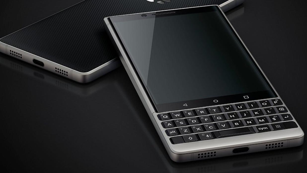 Probamos la nueva BlackBerry Key2: ¿tiene sentido en 2018 poner teclado físico?