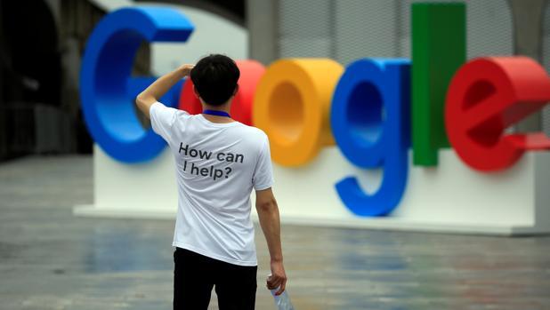 Google diseña para China un buscador que vincularía las búsquedas de los usuarios a sus números de teléfono