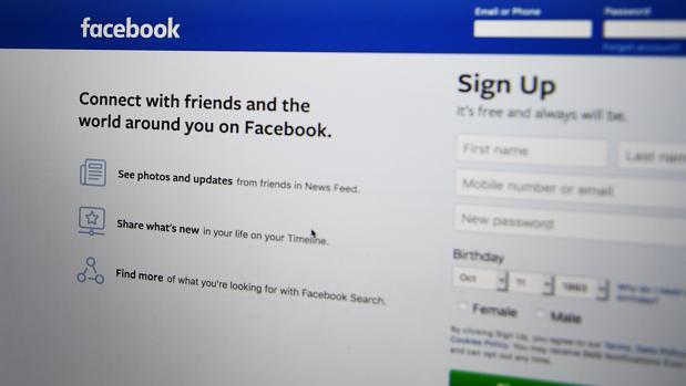 Facebook elimina más de 800 perfiles falsos dedicados al «spam»
