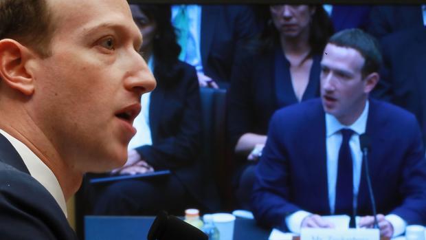El reinado de Mark Zuckerberg se tambalea