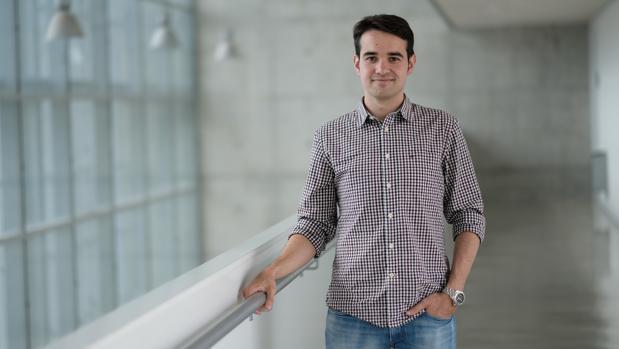 El joven investigador Damián Roca