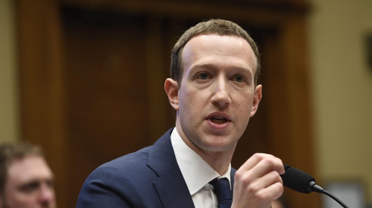 La junta directiva de Facebook asegura que presionó a Zuckerberg y Sandberg a «moverse más rápido» en la interferencia electoral de Rusia