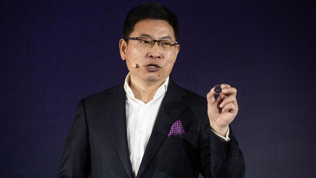 Huawei también se suma al «smartphone» plegable: lo presentará en el MWC de Barcelona y será 5G