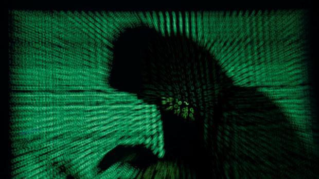 El James Bond español que hace realidad el contraespionaje en Europa