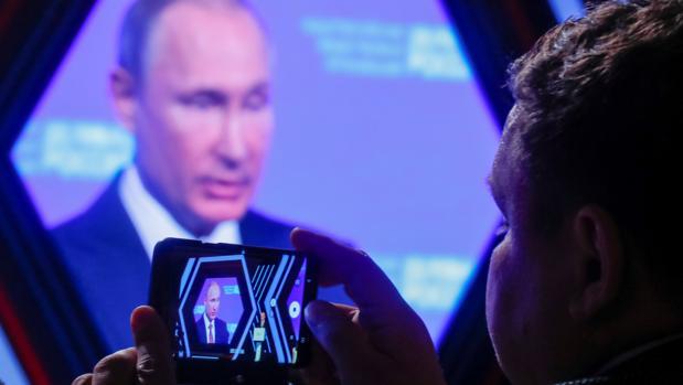 Rusia quiere aislarse del mundo: se desconectará de internet durante un día para probar su exclusiva Red