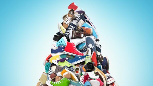 Una montaña de zapatillas, un calzado utilizado habitualmente