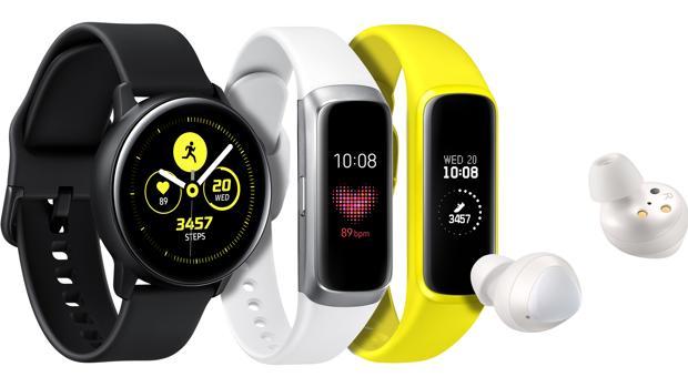 Samsung amplía su catálogo de «wearables» con un reloj inteligente y una pulsera de actividad