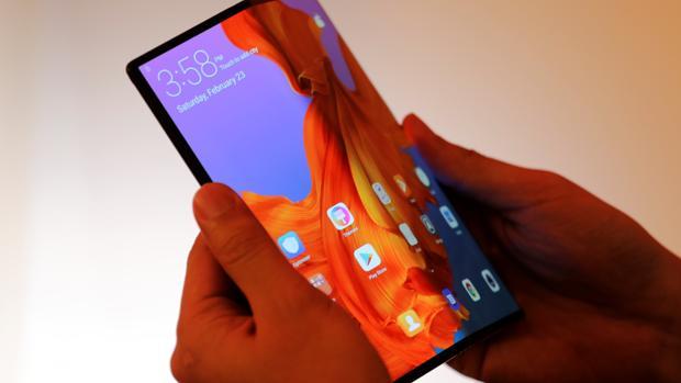 Huawei Mate X: el gigante chino se suma a la moda del móvil plegable