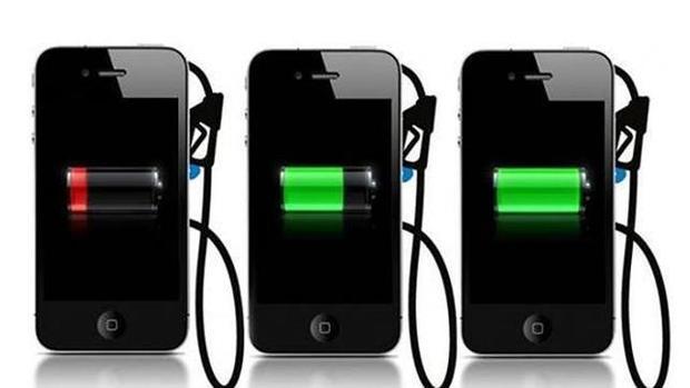 Estos son los peligros de cargar tu teléfono móvil en los puertos USB públicos