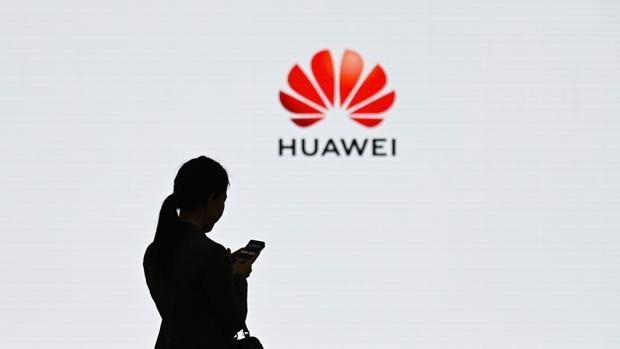 Bruselas ve una amenaza el avance de las compañías tecnológicas chinas y pide más protección de cara al 5G