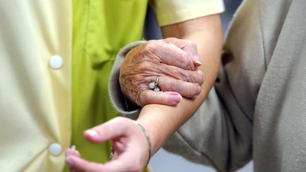 Google, acusado de beneficiarse con anuncios falsos de medicación para el alzhéimer