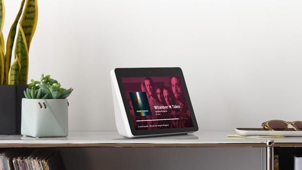 Probamos el Amazon Echo Show: una pantalla en un asistente que sabe a poco