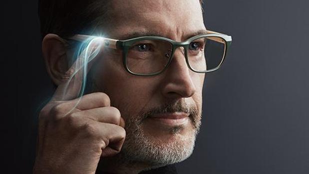 Así son las primeras gafas inteligentes que se ajustan al tipo de graduación que necesites