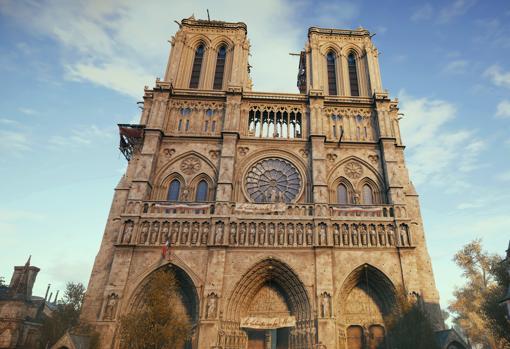 Detalle de la fachada exterior de Notre Dame en el videojuego